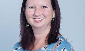 BàLouise Hawley-Tổng giám đốc Nielsen Việt Nam