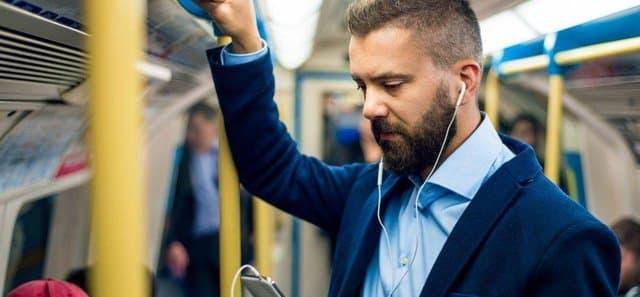 Marketing bằng podcast: Xu hướng tiếp thị vừa tiết kiệm vừa được việc thời Covid, bạn đã thử chưa? - Ảnh 1.